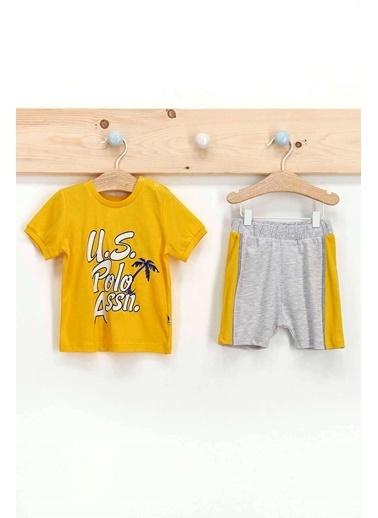 U.S. Polo Assn. Lisanslı Koyu Sarı Erkek Bebek T-Shirt Takım Sarı